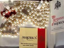 MAJORICA VINTAGE BOXED PEARL NECKLACE Majorica