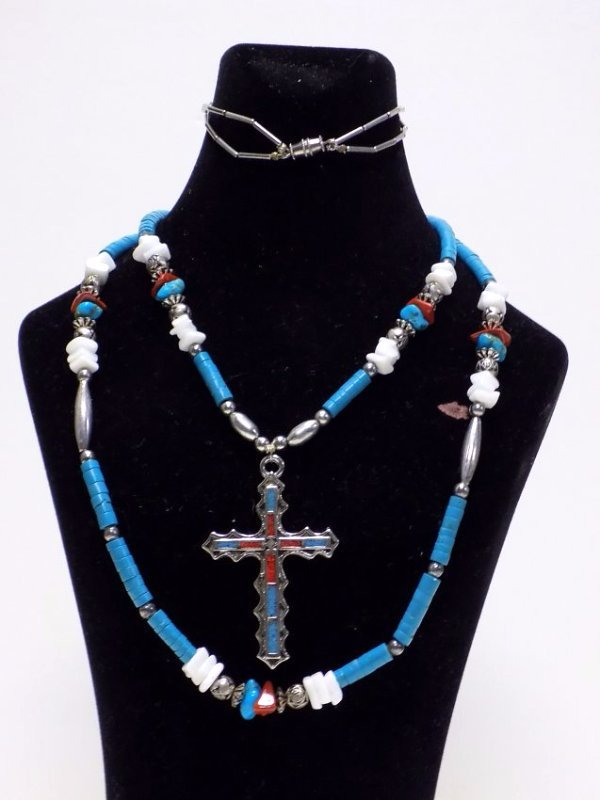AMERICAN INDIAN TURQUOISE CROSS NECKLACE