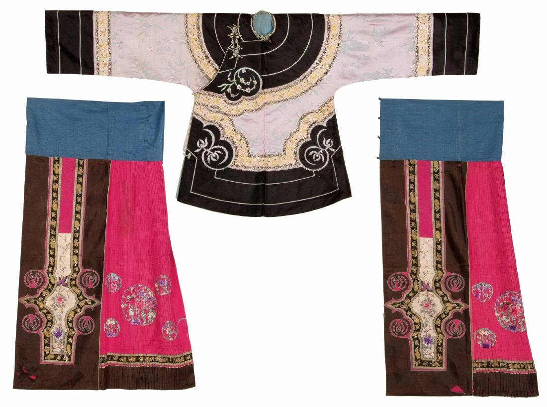 An Embroidered Silk Pale Pinkish Grey-Ground Woman's