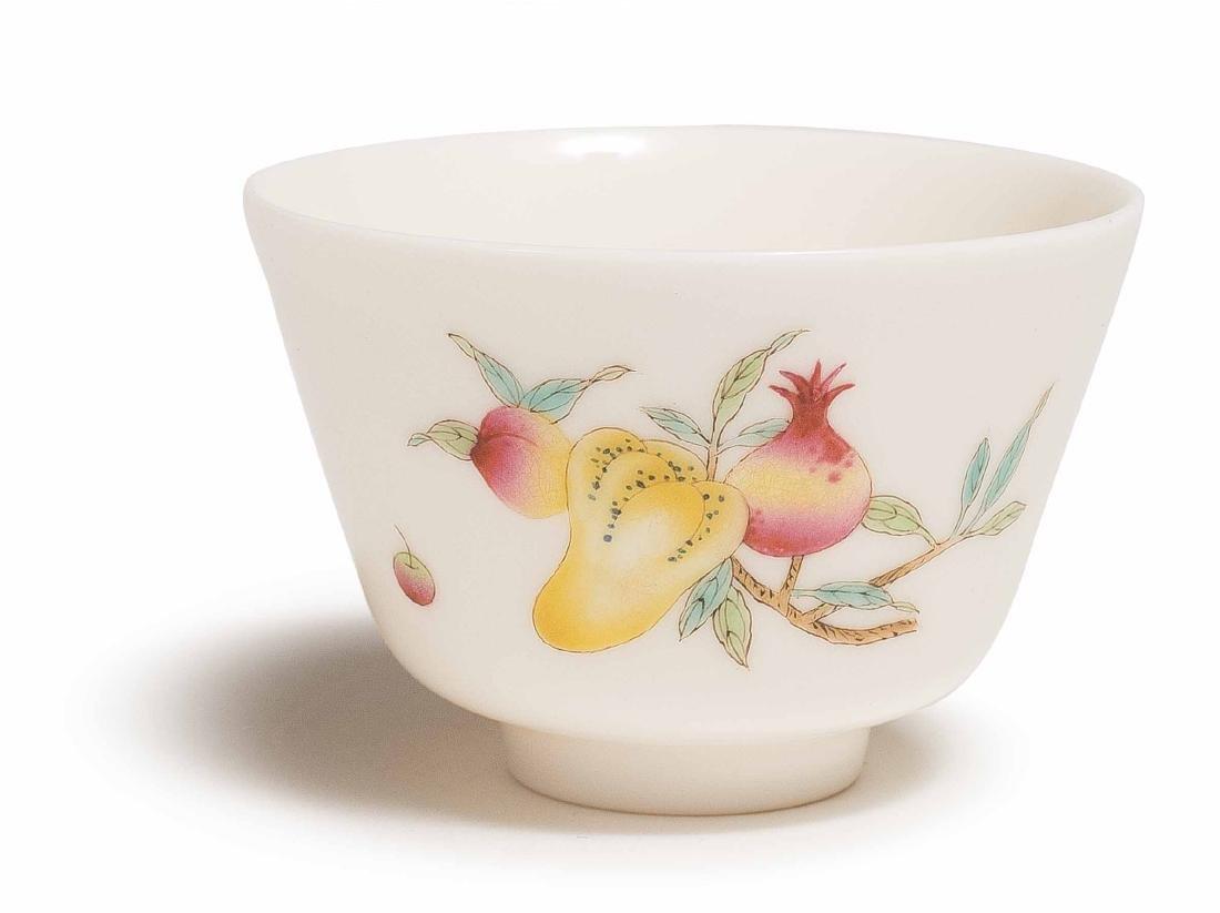 A XIAOFANG KILN FAMILLE-ROSE CUP