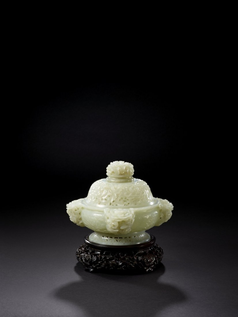 12: A Superbly Carved White Jade Censer and Cover