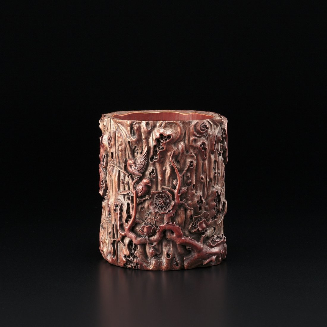 A CARVED BAMBOO BRUSHPOT