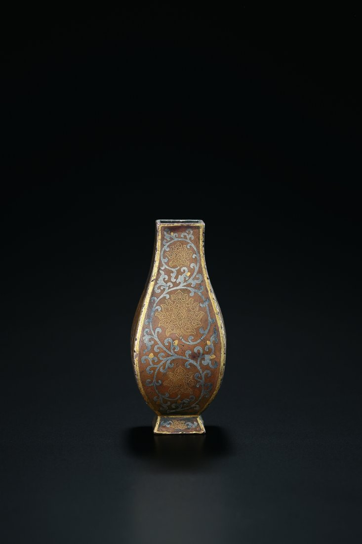 A GOLD AND SILVER INLAID BRONZE VASE