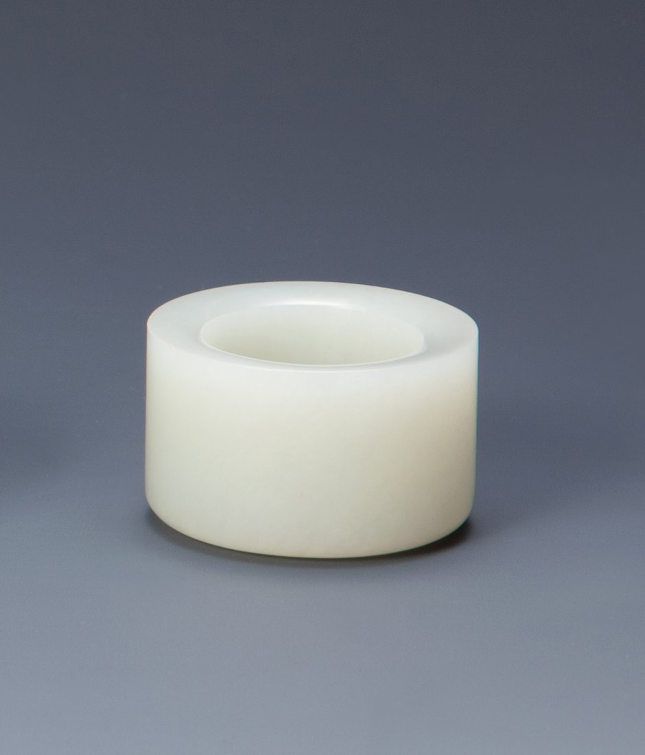 A WHITE JADE ARCHER'S RING, QING DYNASTY