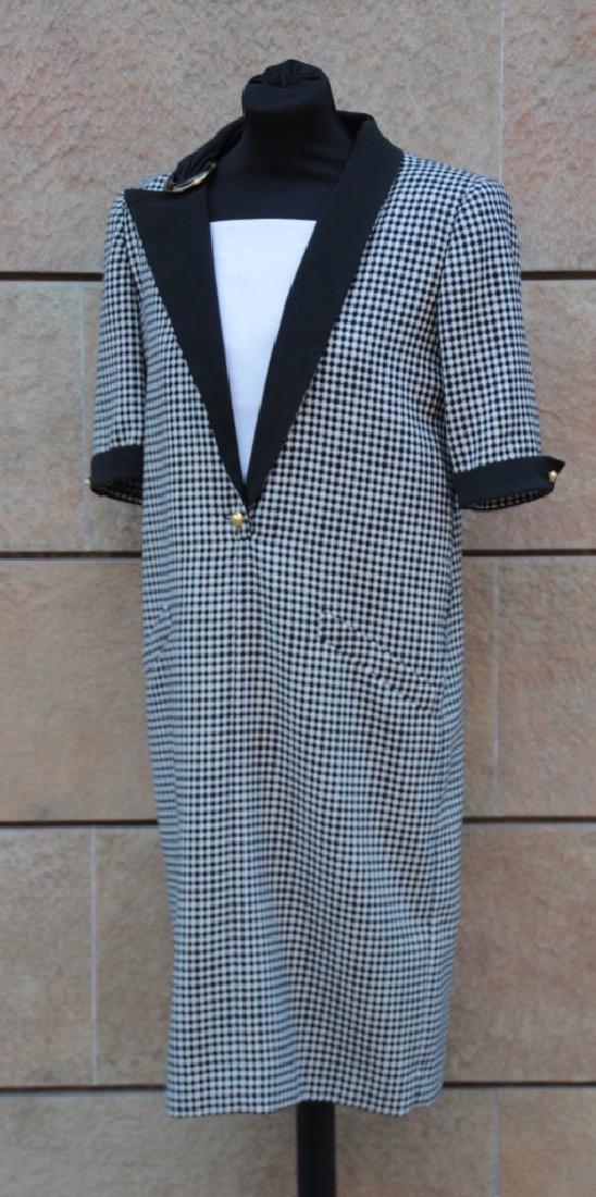 VALENTINO Robe en laine à motif pied de poule noir et b