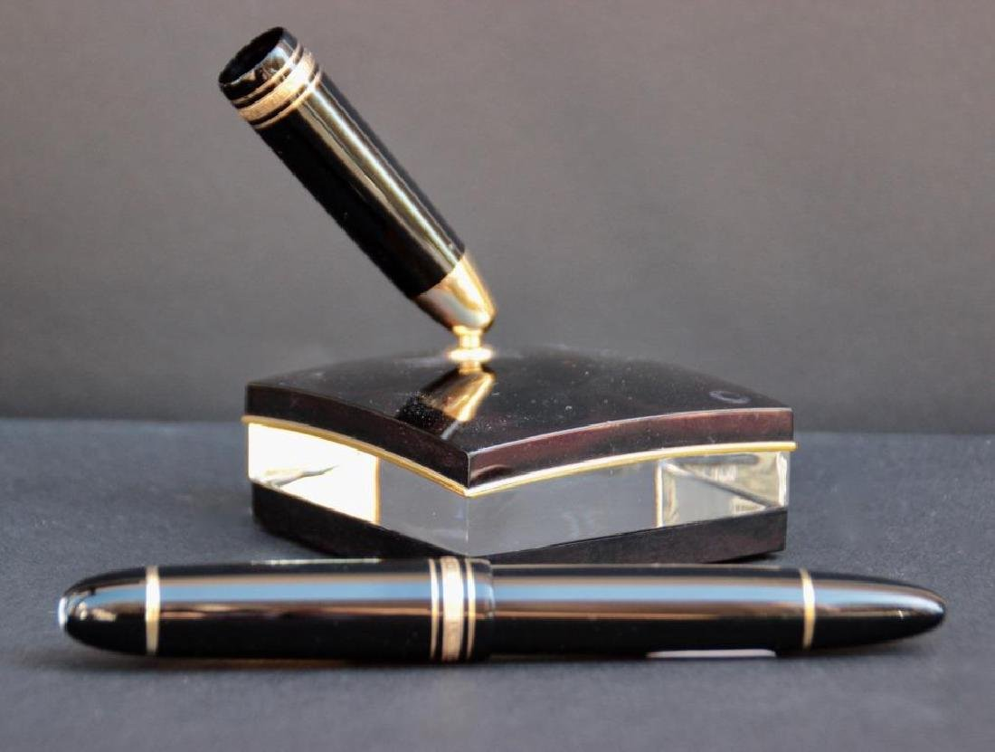 MONTBLANC Stylo plume n°149, avec plume en or blanc et