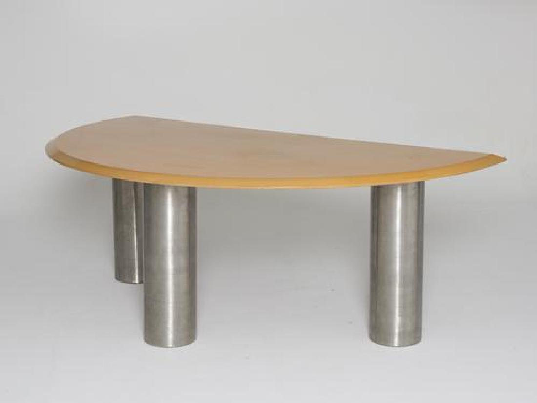 Travail des années 1980 Bureau en bois et métal. 77 x