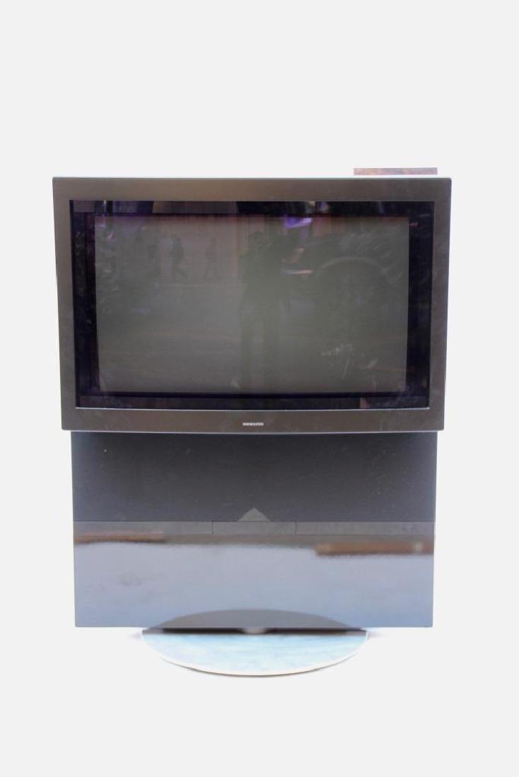 BANG & OLUFSEN Téléviseur à tube cathodique 108 x 84 x