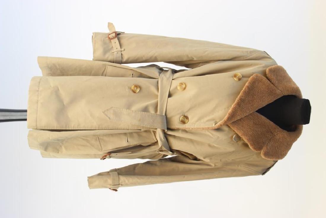 BURBERRY  Trench coat beige fourré en alpaga fermant