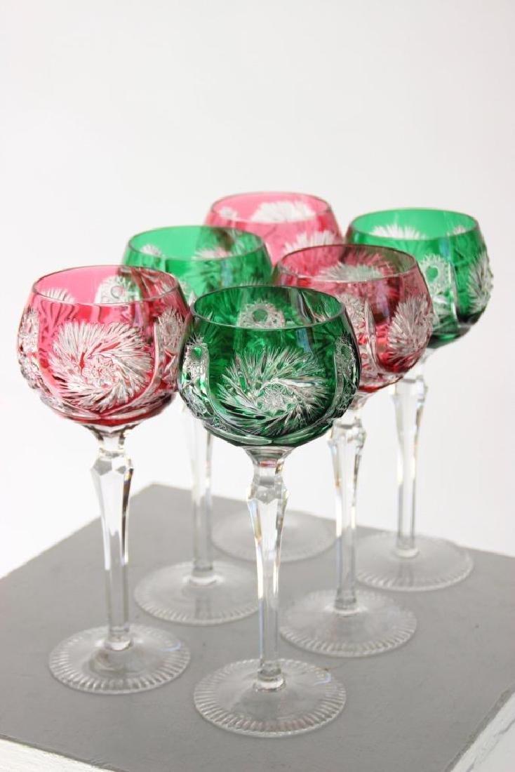 Série de six verres à pied en cristal de Bohème de
