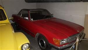 Un véhicule de marque Mercedes modèle 280 SL, Date de