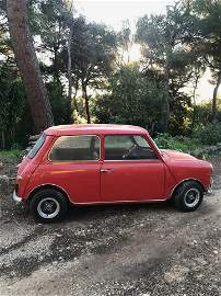 Un véhicule modèle Mini Morris  Date de