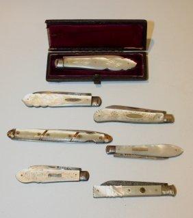 10: Collection de  sept canifs à manches en nacre (dont