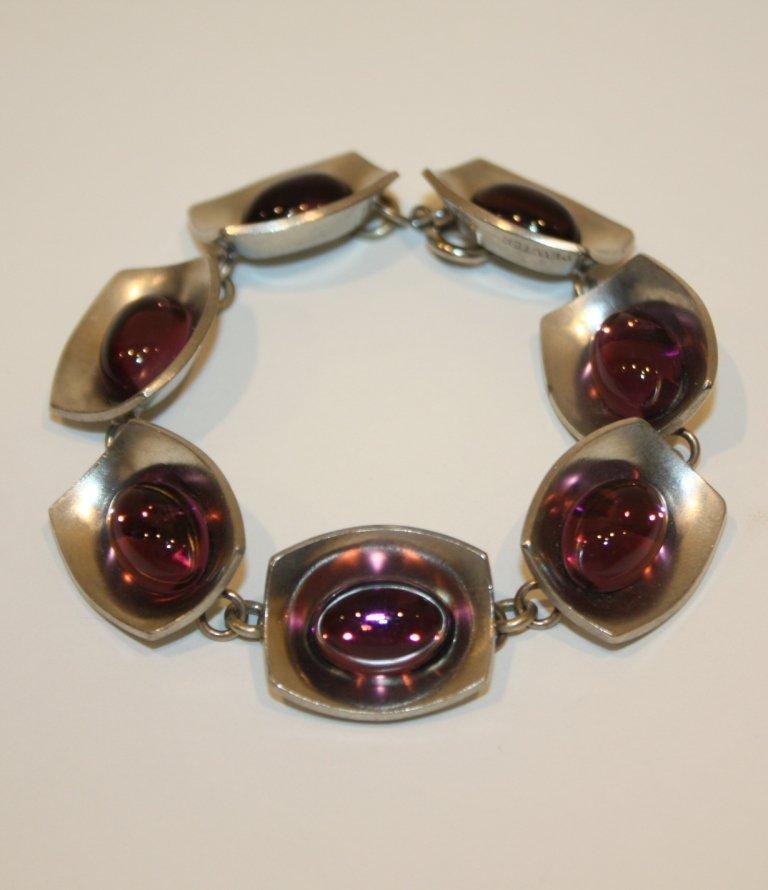 12: JORGEN JENSEN pour PEWTER - Bracelet  en métal bros