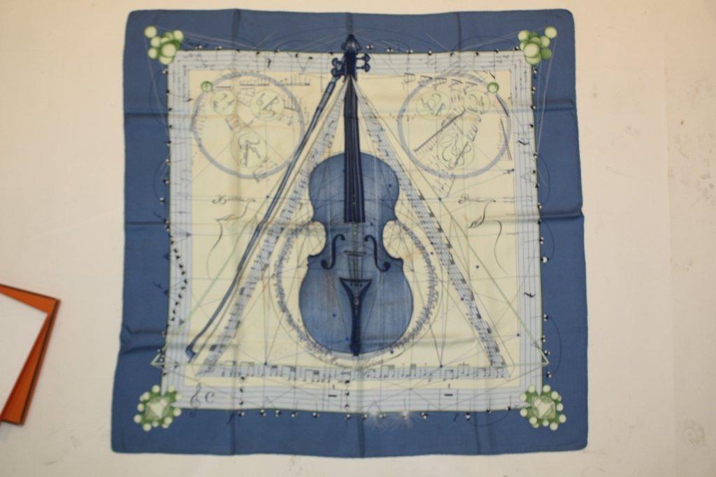 354: HERMES - Carré en soie intitulé Musique des sphère