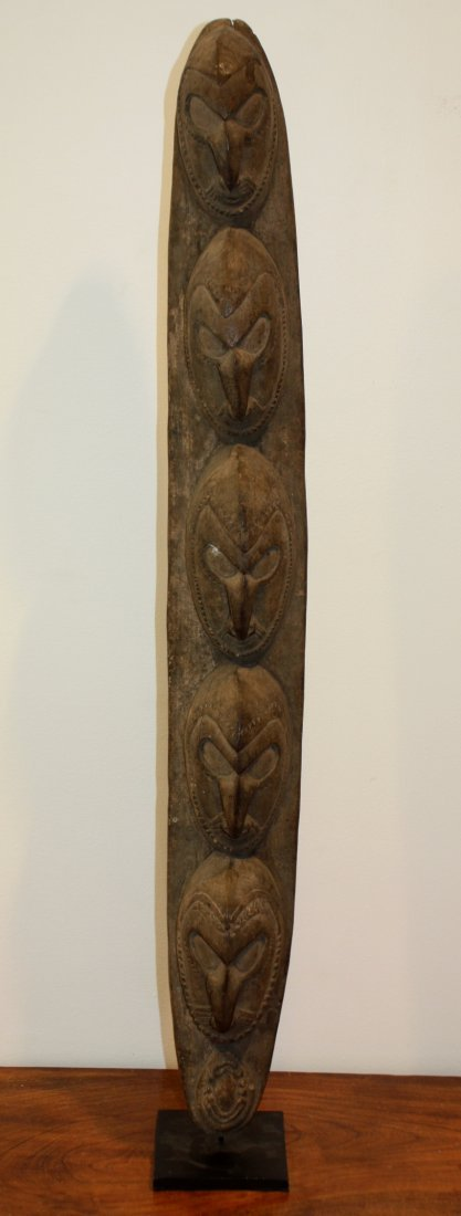 6: PANNEAU en bois sculpté en haut relief de cinq visag