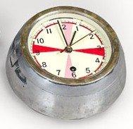 """18: Pendule de sous-marin russe dite """"à temps de silenc"""