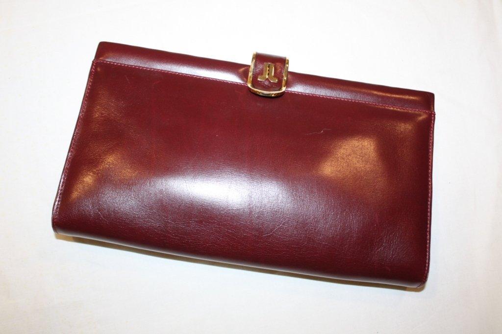 1: LANVIN - Pochette en cuir rouge bordeaux, élégant fe
