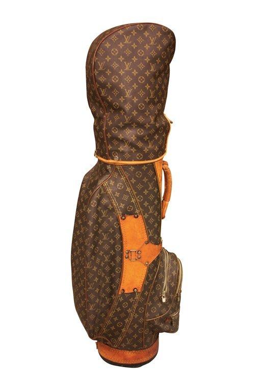 VUITTON - sac de golf , capuche amovible, toile monogra