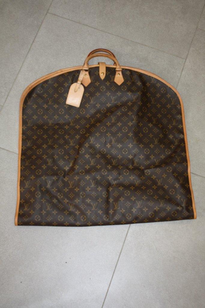 VUITTON - Cruiser bag,toile monogrammée , cuir vachette