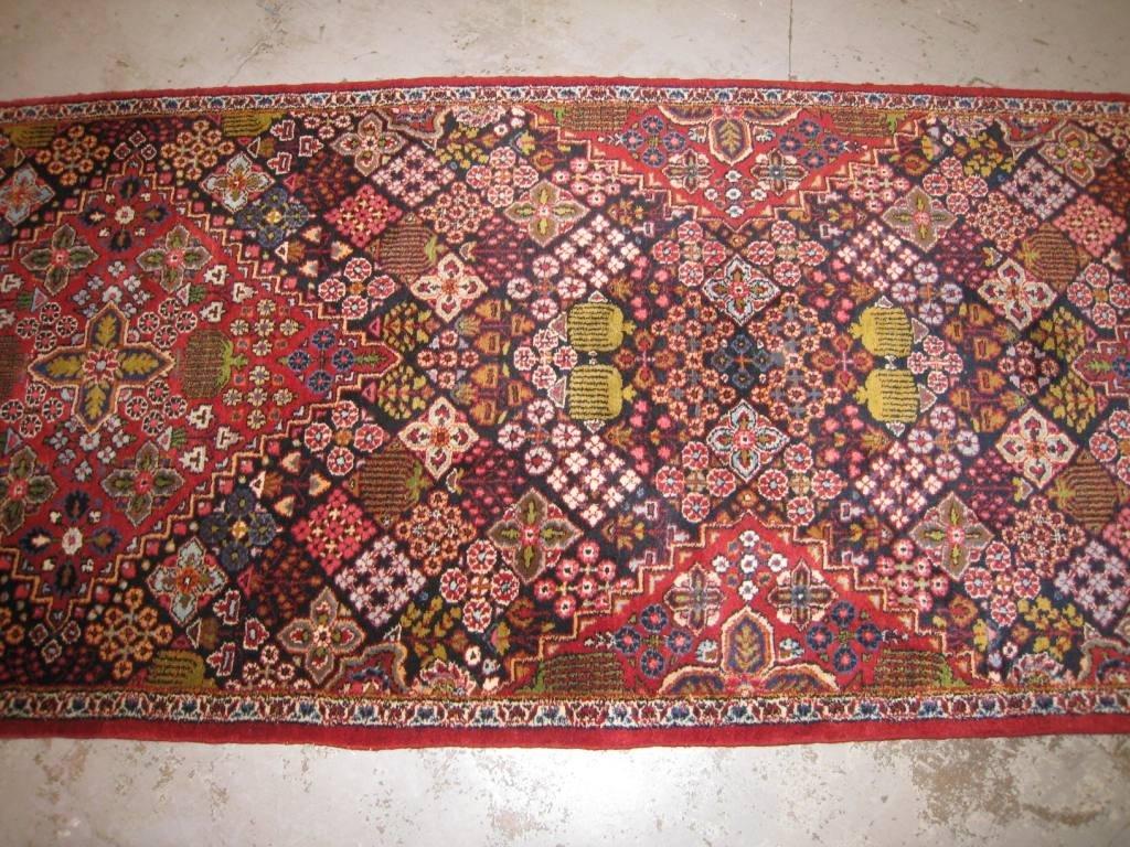 Originale et fine Galerie DJOCHAGAN-MEYMEH (Iran), (Ver