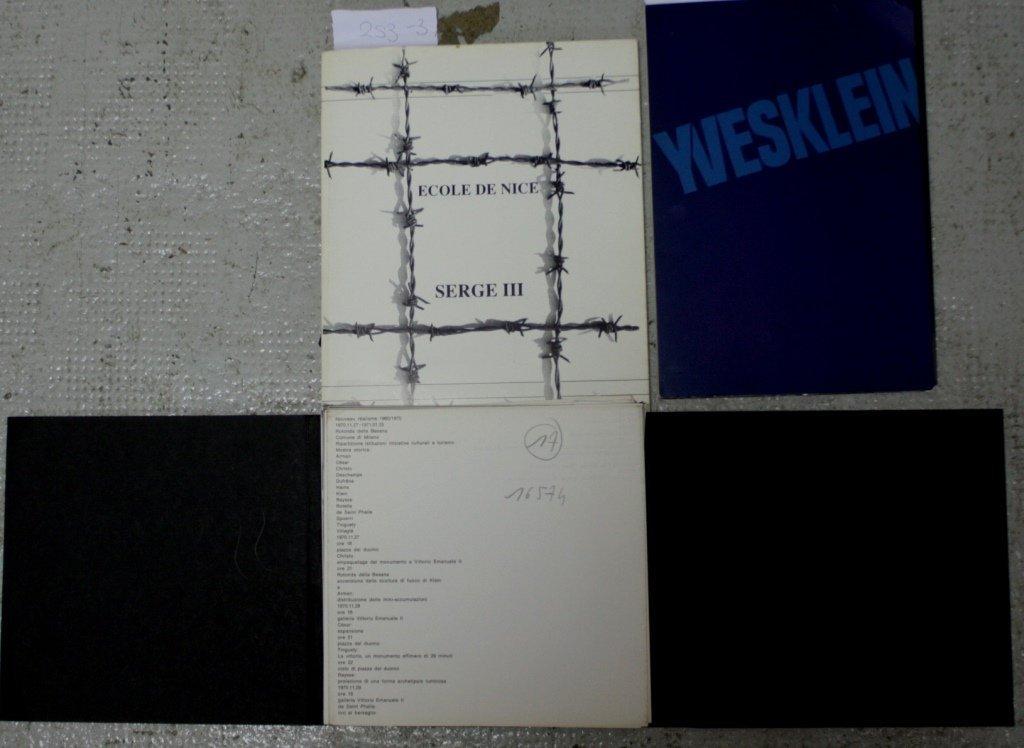 Lot de trois ouvrages : - Yves KLEIN : Catalogue