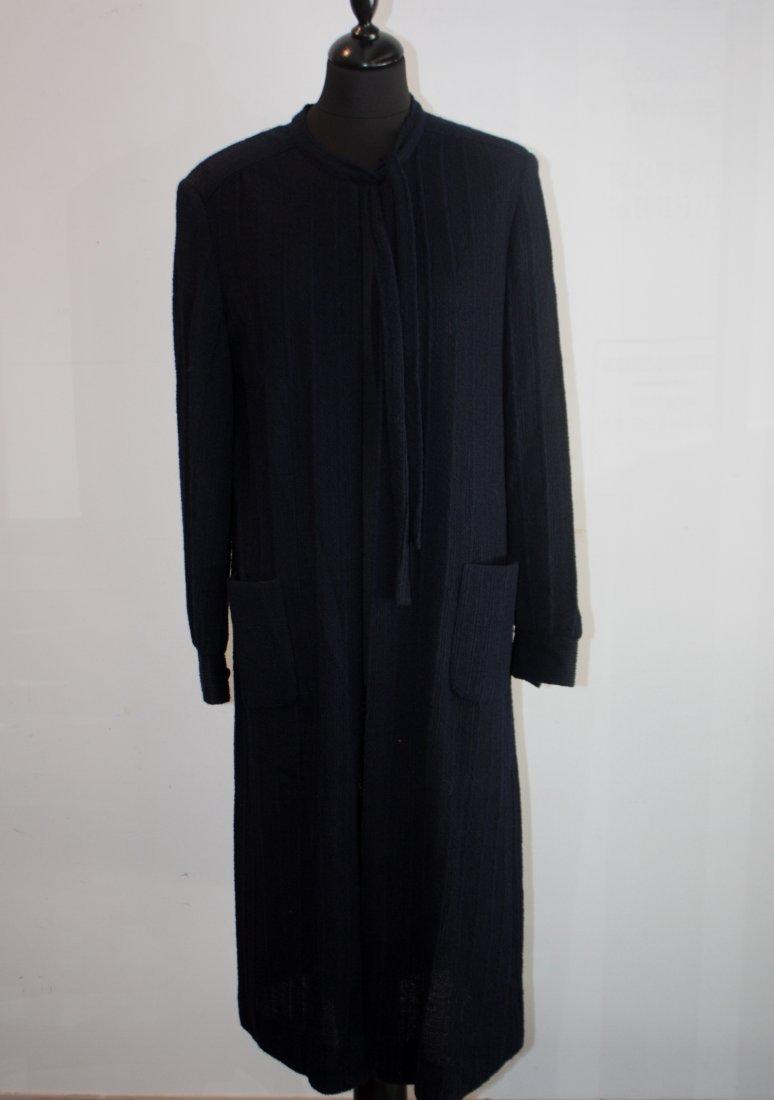 ANONYME Manteau en laine tricotée bleu marine, fermetur