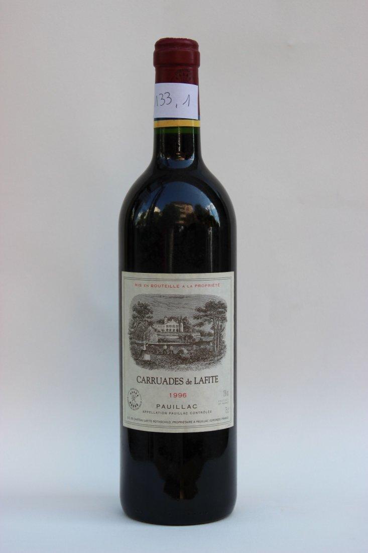 Une bouteille Caruades de Lafite, 1996