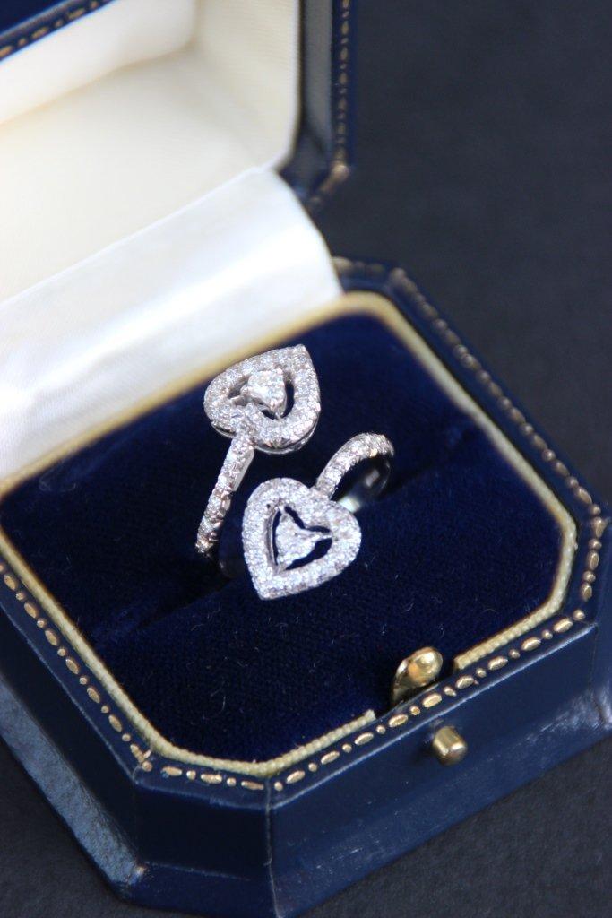 Bague Toi et Moi en or gris ornée de deux diamants