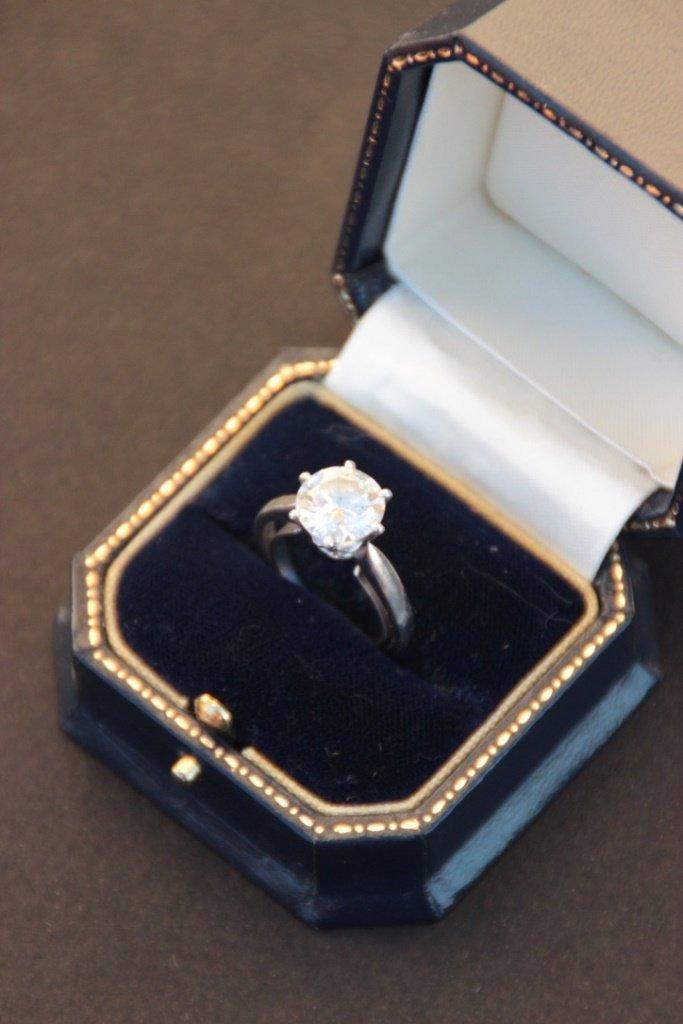 Diamant sur papier 2,99 CT - Couleur I - Pureté SI1