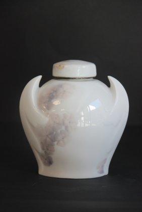 Bing & Grondahl - Royal Copenhagen Petit Vase Couvert