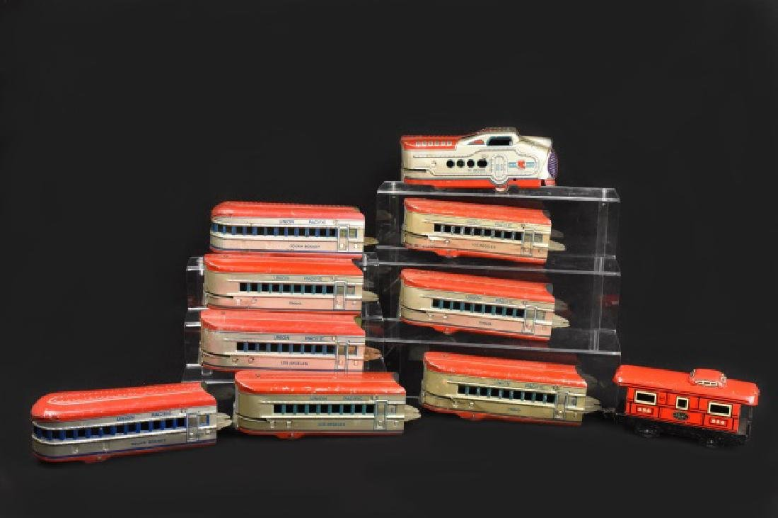 Marx Union Electric Streamline Tin Train Set