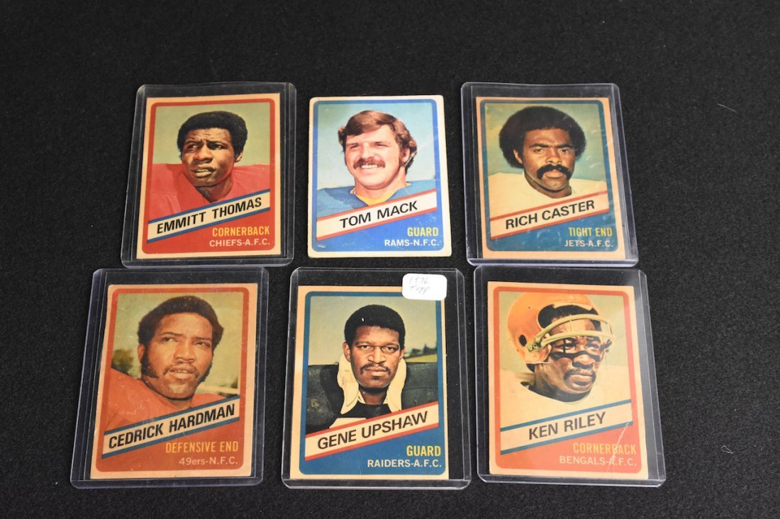 (6) 1976 Topps Chewing Gum Football Cards