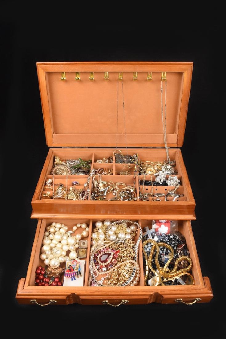 Vintage & Costume jewelry in chest