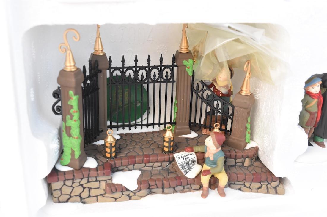 (4) Dept. 56 Christmas Dickens' Village Series - 5