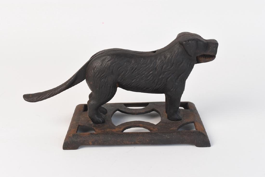 Cast Iron Nut Cracker Dog 24H