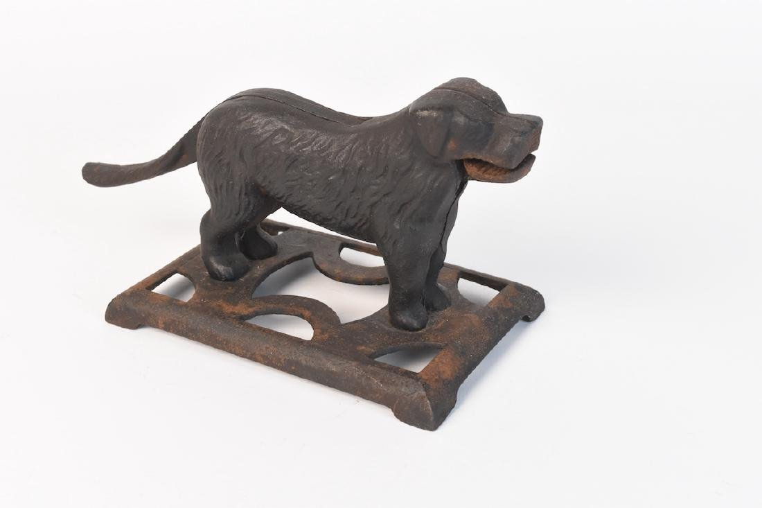 Cast Iron Nut Cracker Dog 24H - 6