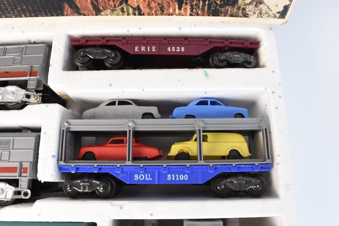 Complete Set Diesel-Electric Train by Marx - 4