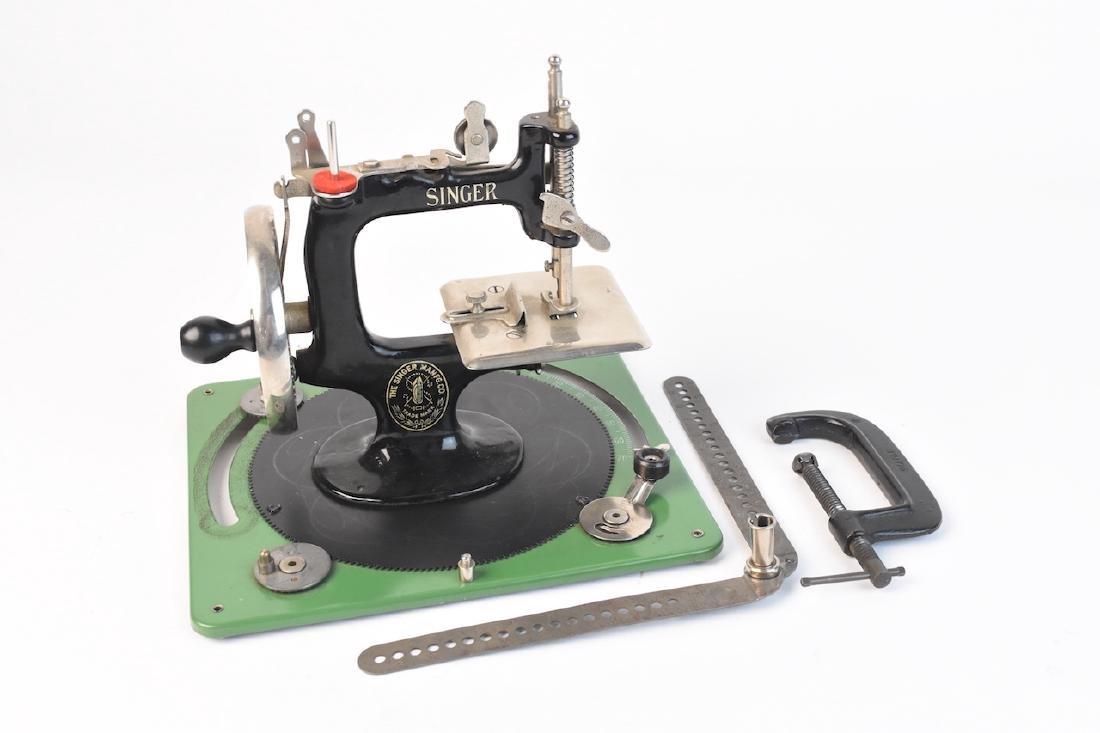 Vint. Singer Sewing Machine Salesman Sample & Toy