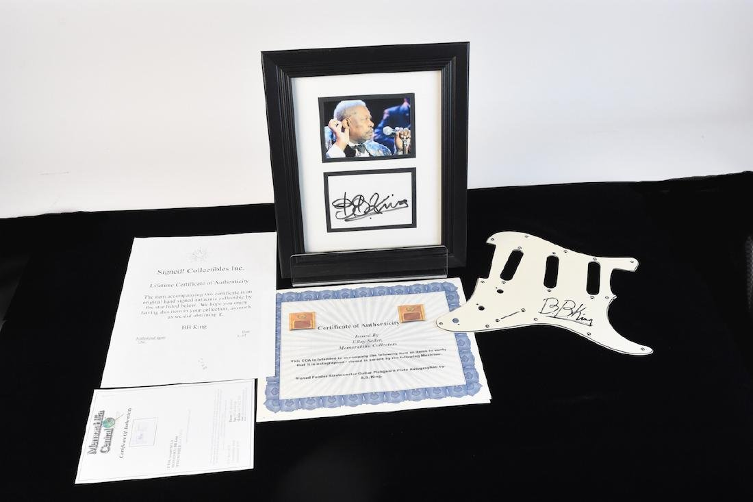 BB King signed Pick Guard, Picture & Set List