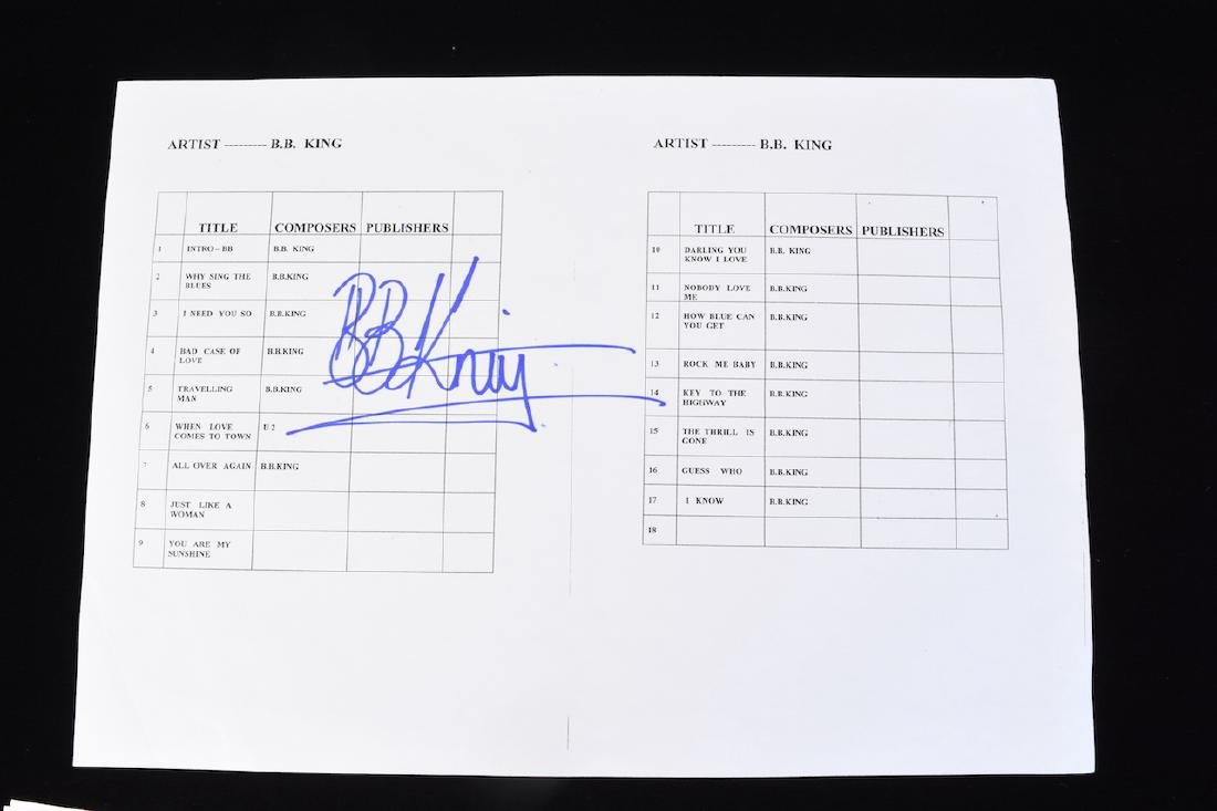 BB King signed Pick Guard, Picture & Set List - 5