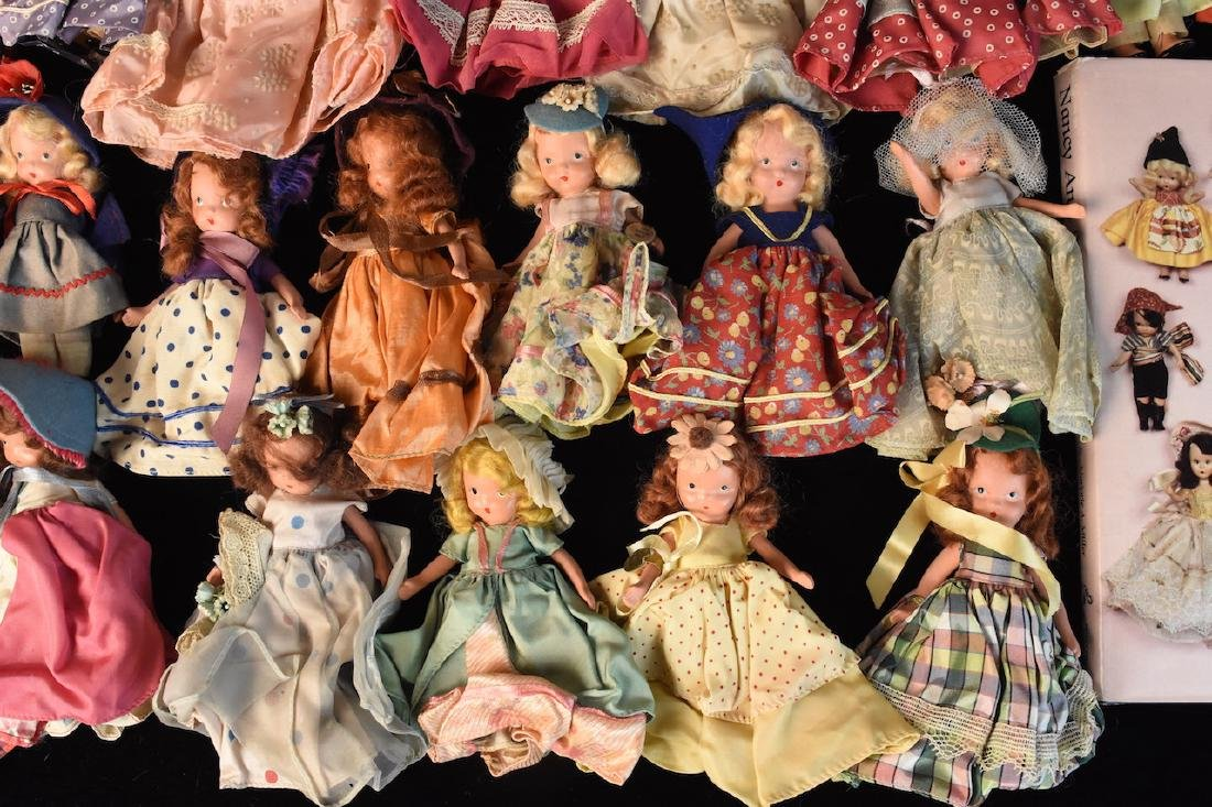 (30) Nancy Ann Storybook Dolls w/ Book - 5
