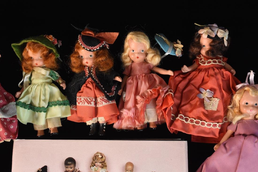 (30) Nancy Ann Storybook Dolls w/ Book - 7
