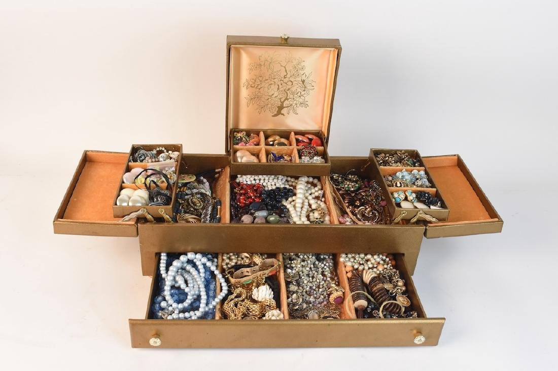 Costume Jewelry; Monet, Vendome, Trifari +