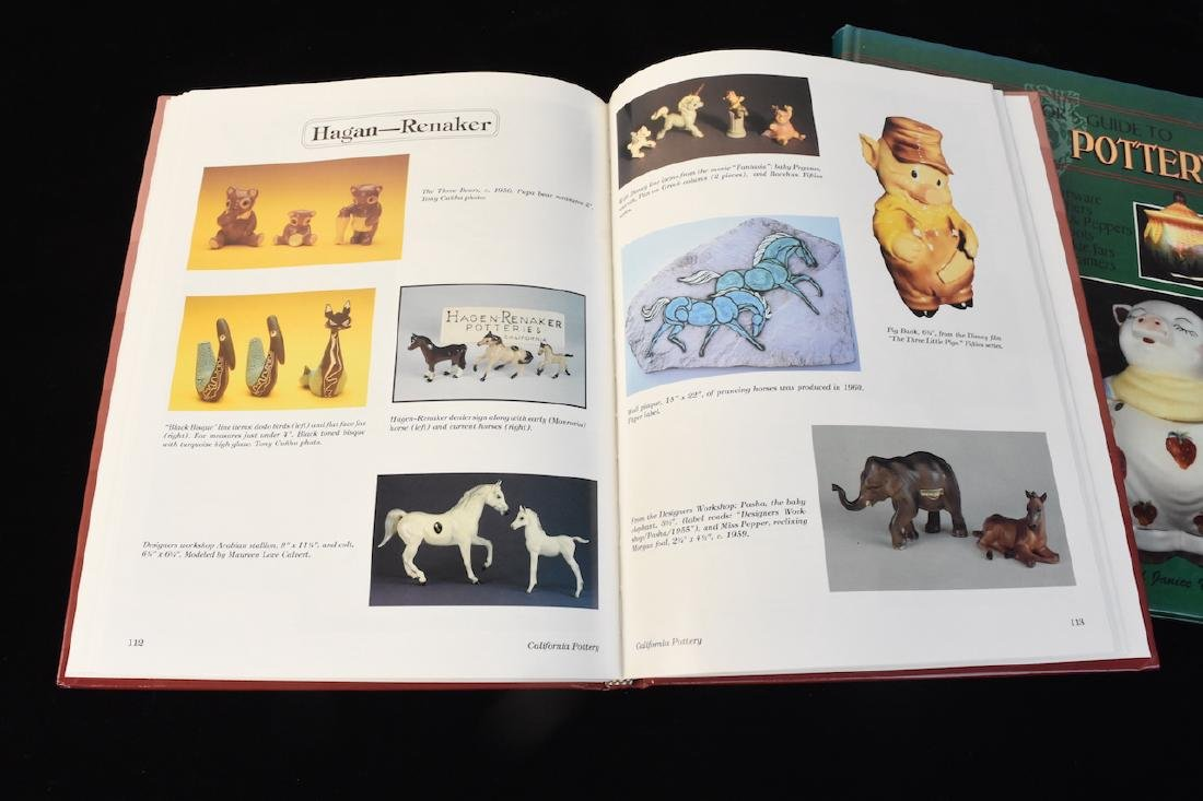 (5) Reference Guide Books to Pottery & Marks - 3