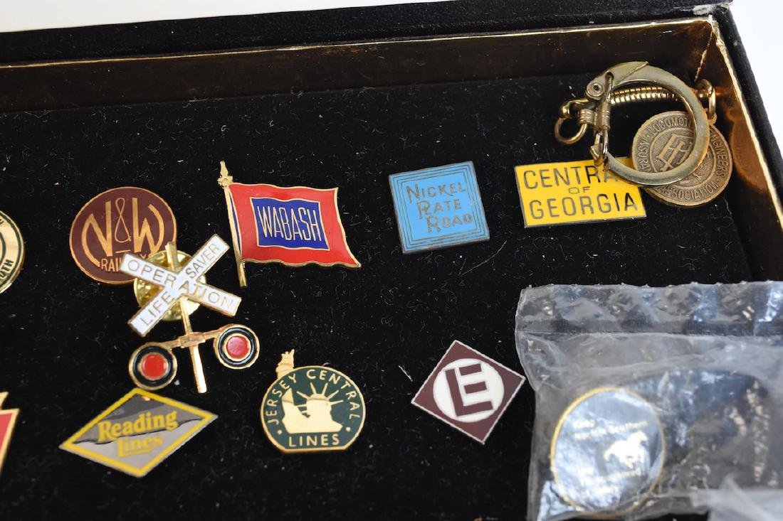 Collection of Railroad Lapel Pins & Key chains - 3
