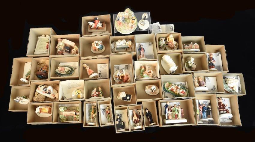 (41) Piece Collection Sebastian Miniatures