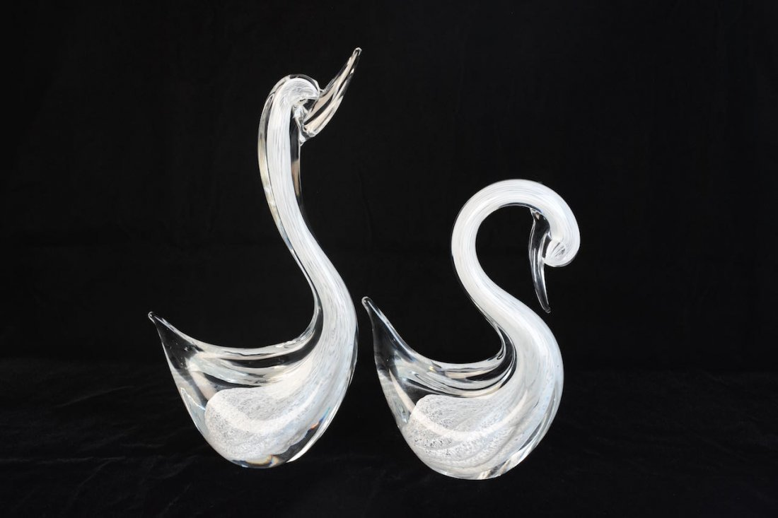 Pair of Murano Italy Glass Swan Figures