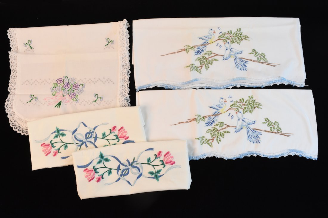 Vintage Assortment of Embroidered Linens