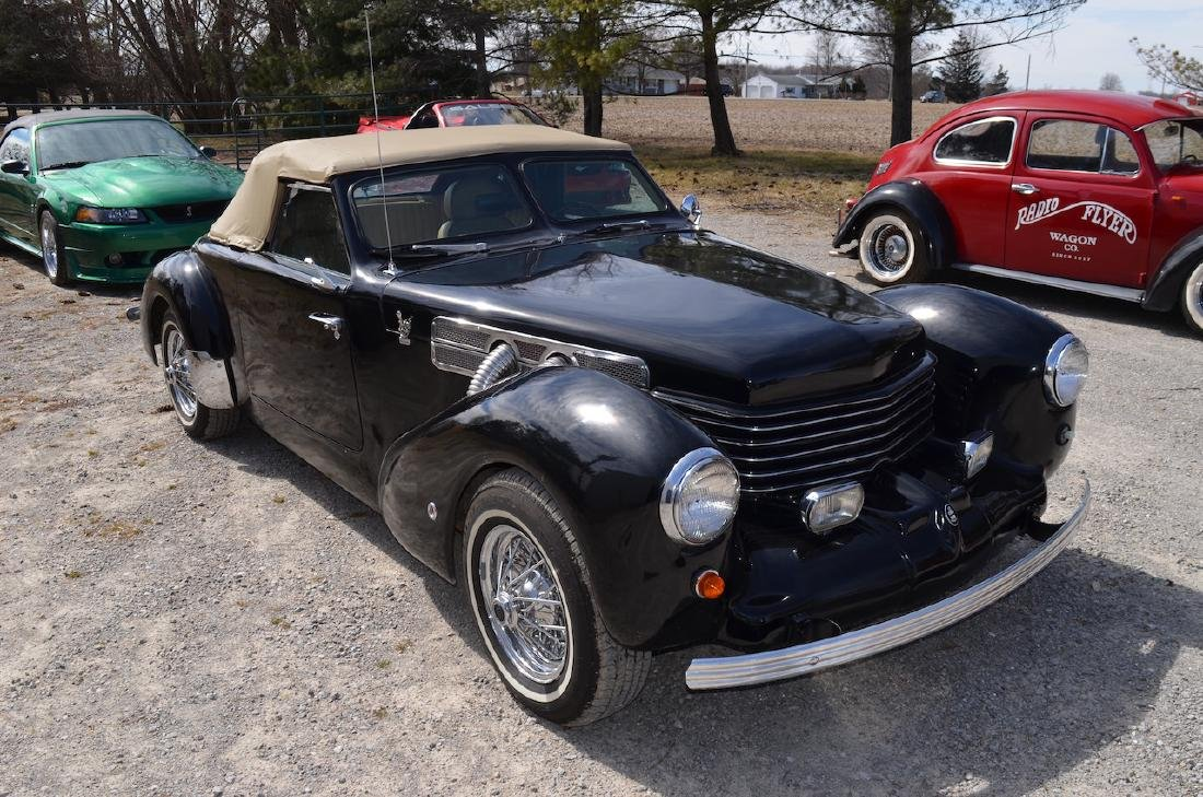 1970 CORD ROYALE 812 COUPE (33K MILES)